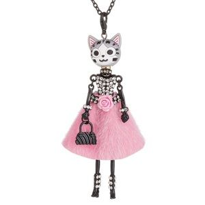 Jewelry - Bling Cat Necklace
